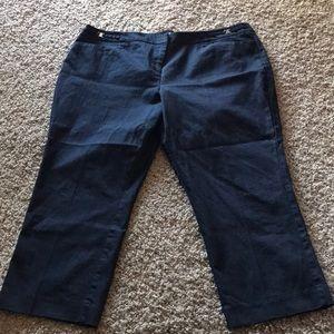 NY&Co Crop pants size 18